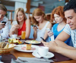 Nghiện Smartphone dễ nhưng có thể từ bỏ