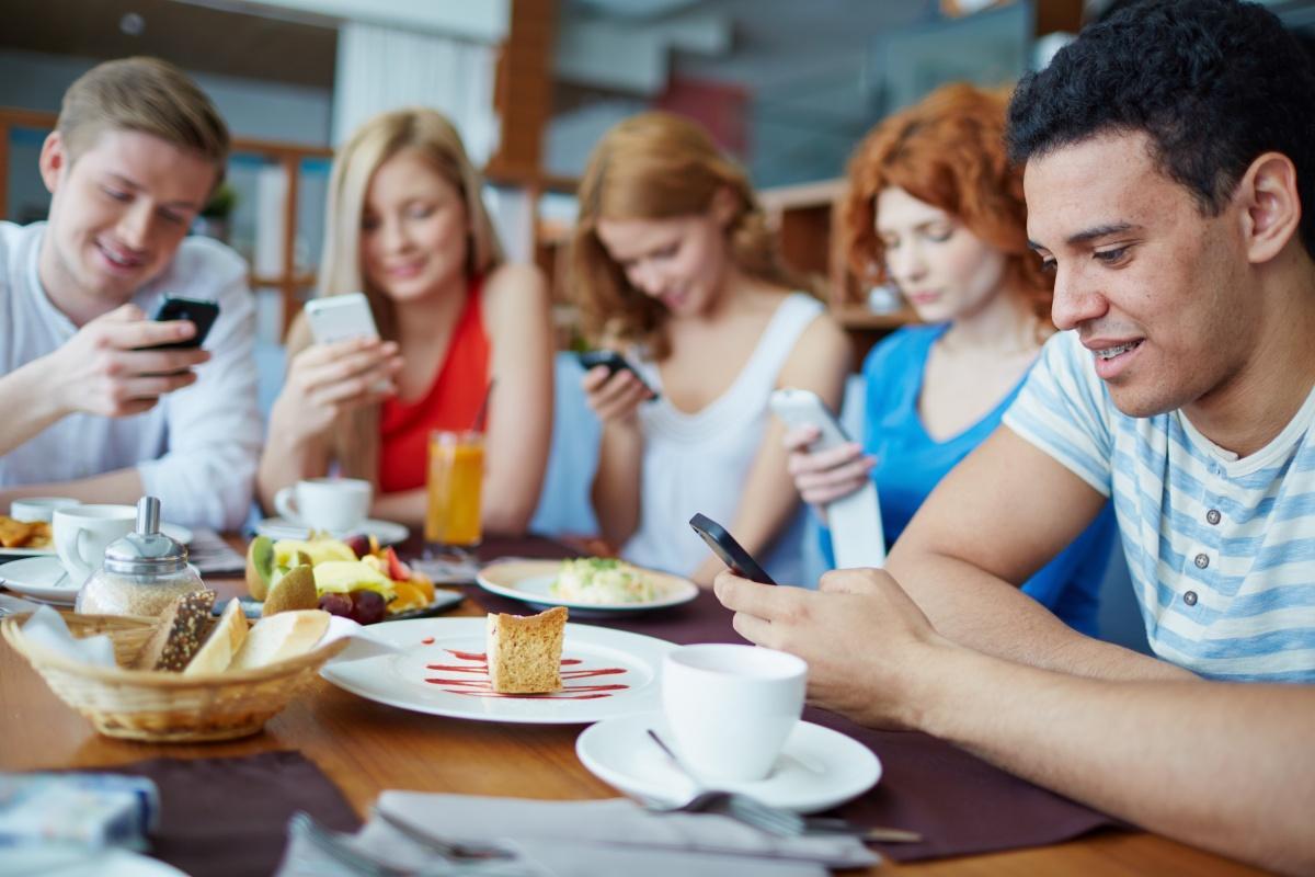 Nghia��n Smartphone da�� nh?�ng cA? tha�? ta�� ba�?