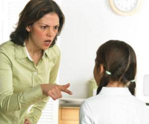 """10 sai lầm """"kinh điển"""" khi dạy con"""