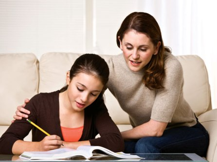 Cha mẹ nhên hành sử thế nào khi con trẻ bước vào tuổi teen?