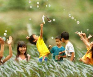 Trẻ con đáng yêu nhất ở tuổi nào?