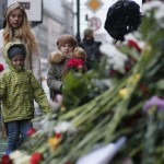 Cha mẹ Pháp nên giả thích thế nào về vụ khủng bố kinh hoàng