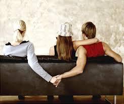 Dấu hiệu cho thấy hôn nhân của bạn cần được chăm sóc