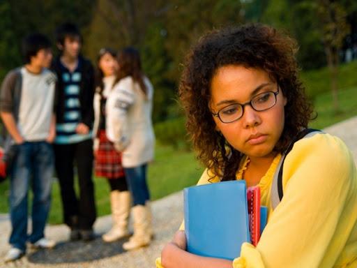 """""""Sốc văn hóa ngược"""" – Hiện tượng của du học sinh ngày trở về"""